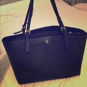 Authentic Tory Burch tote navy blue leather
